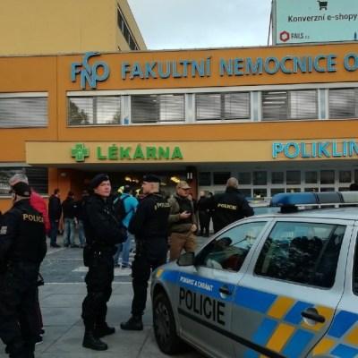 Tiroteo en hospital de República Checa deja varios muertos