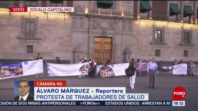 FOTO: Trabajadores Salud Realizan Una Protesta Zócalo CDMX,