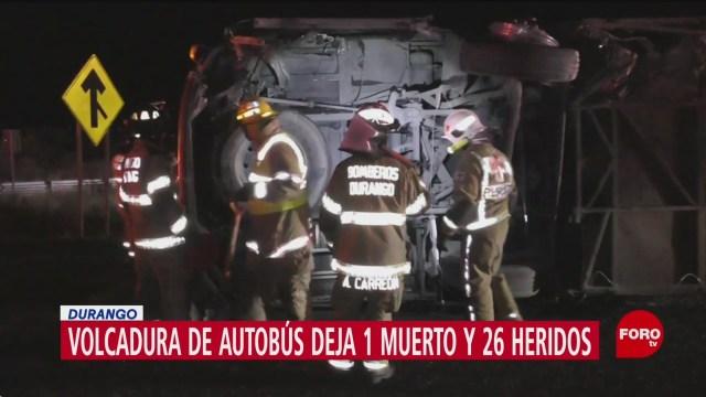 FOTO: 31 diciembre 2019, volcadura de autobus deja 1 muerto y 26 heridos en durango