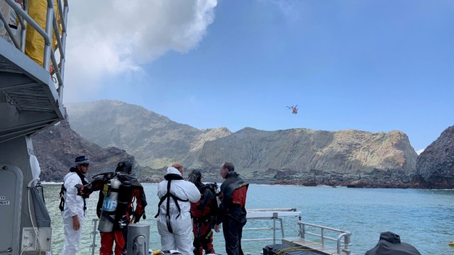 Foto: Suben a 20 los muertos en el volcán en Nueva Zelanda, 12 de enero de 2020 (Reuters)
