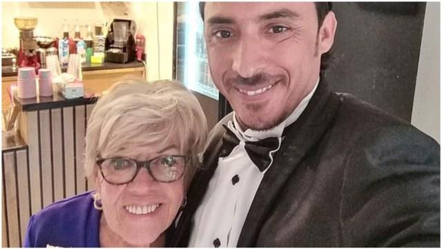 Foto: Abuelita se siente muy feliz con su relación con hombre 45 años menor, 26 de enero de 2020 (Facebook Iris Jones)