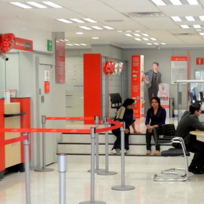 Bancos mexicanos alistan captura de datos biométricos en medio de dudas
