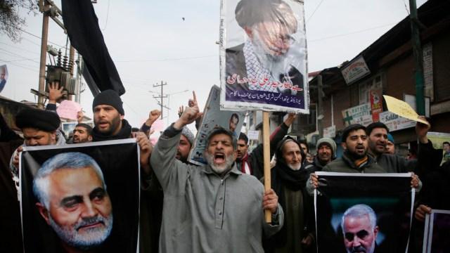 FOTO Protestantes del ataque que mató a general iraní Soleimani, el 04 de enero de 2020