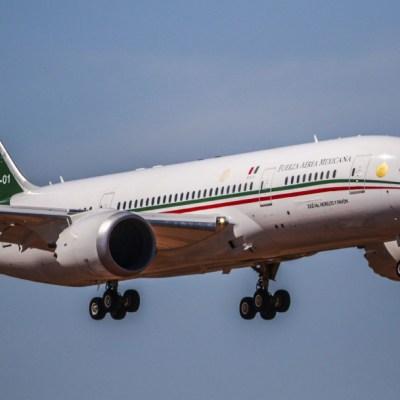 """Fotografía del avión presidencial """"José María Morelos"""", en su arribo al aeropuerto de Hermosillo, 22 enero 2020"""