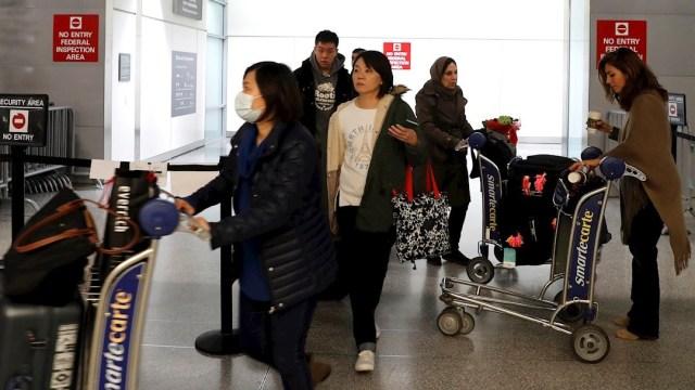 fOTO:Viajeros llegan al Aeropuerto Internacional de San Francisco en San Francisco, California, EEUU.