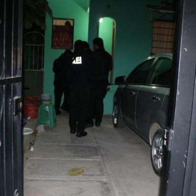 Foto:Elemento de la Fiscalía de Oaxaca ejecutaron cateos en inmuebles para localizar a más responsables del ataque a joven saxofonista, 22 enero 2020