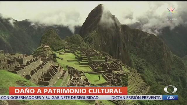 detienen a turistas que danaron el templo machu picchu en peru