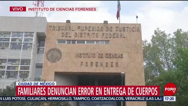FOTO: 26 enero 2020, familiares denuncian error de entrega de cuerpos en el instituto de ciencias forenses