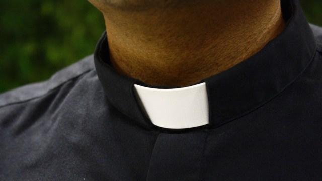FOTO: Un sacerdote pedófilo tuvo un hijo con una menor de 14 años , el 19 de febrero de 2020