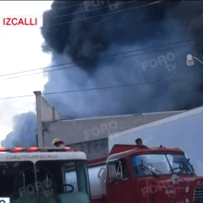Video: Se registra incendio en fábrica de plásticos en Cuatitlán Izcalli