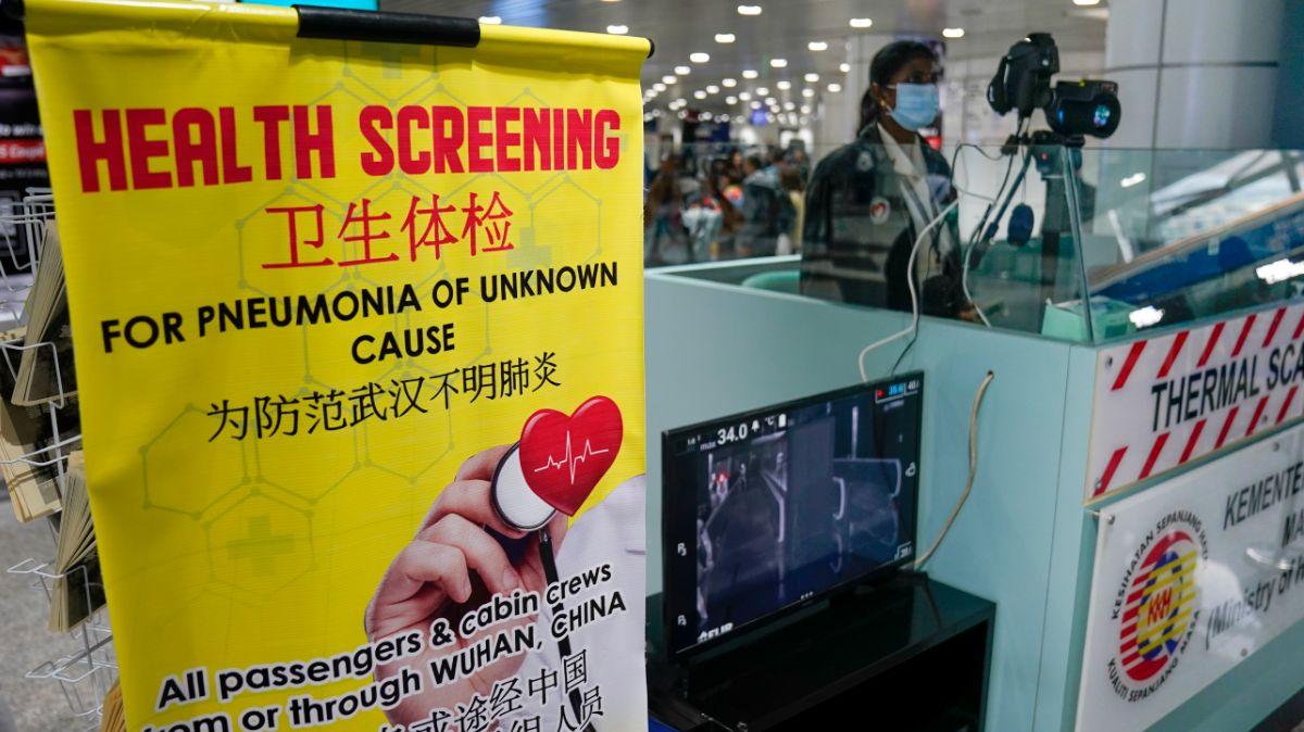 México, en alerta por contagio de coronavirus chino en EEUU