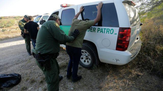 EEUU podría enviar a Guatemala a mexicanos