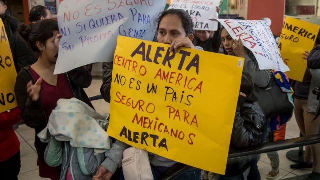 Foto: Migrantes protestan contra el programa tercer país seguro. Cuartoscuro
