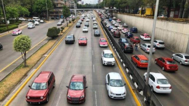 Imagen: Este jueves el Hoy No Circula aplica para los automóviles con engomado verde desde las 05:00 hasta las 22:00 horas