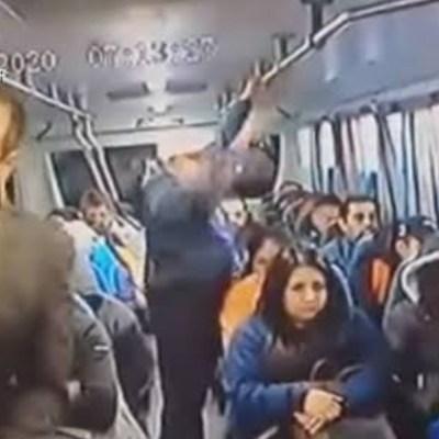 Video: Hombre en traje y cómplice asaltan transporte público en la México-Pachuca
