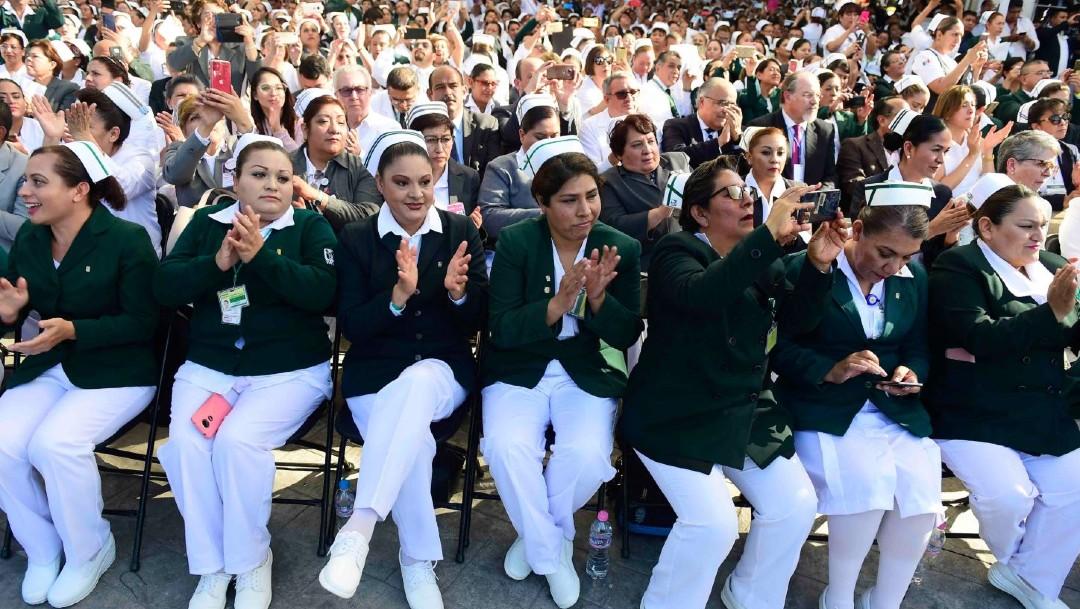 Foto: El Seguro Social aseguró que la creación de empleo en 2019 se estimó en 342 mil 77 puestos; estos empleos fueron remunerados por el Instituto con un salario base de cotización de 378.1 pesos