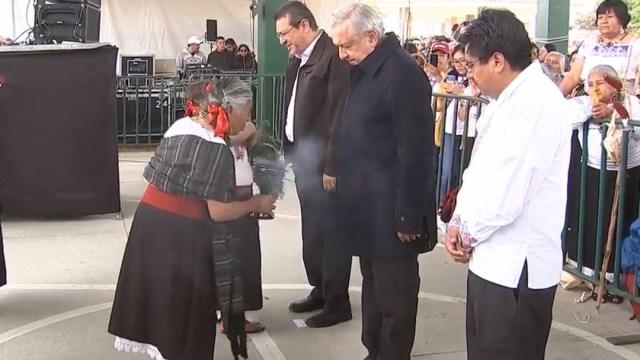 FOTO Indígenas de Tlaxcala piden apoyo a AMLO (YouTube)