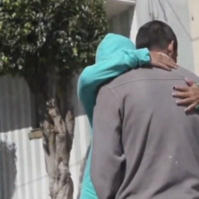 Foto: Madre encuentra a su hijo desaparecido tras 8 años de búsqueda