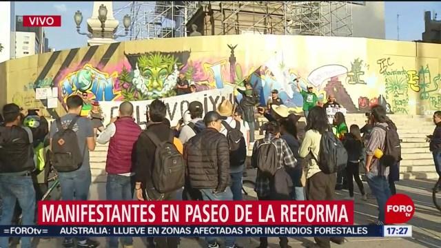 FOTO: manifestantes en favor de legalizacion de la marihuana se concentran en el angel de la independencia
