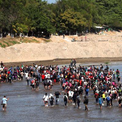 INM responde a migrantes: habrá tránsito ordenado en frontera sur