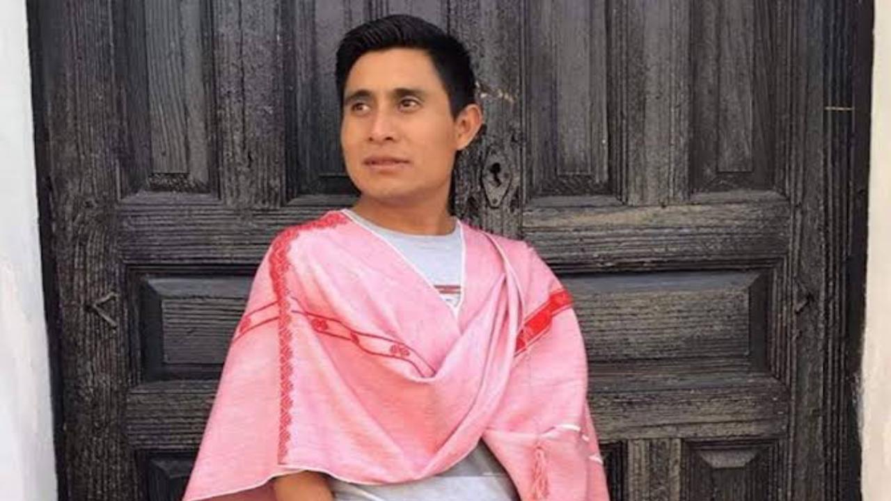 Indígena tzotzil mostrará su trabajo como tejedor a NY y Harvard
