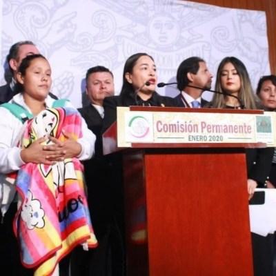 Padres de niños con cáncer protestan por desabasto de medicamentos en Cámara de Diputados