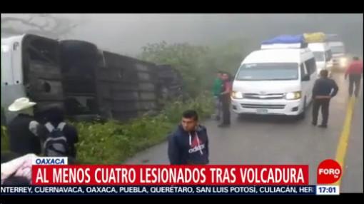 FOTO: 4 enero 2020, varios lesionados tras volcadura de autobus en oaxaca