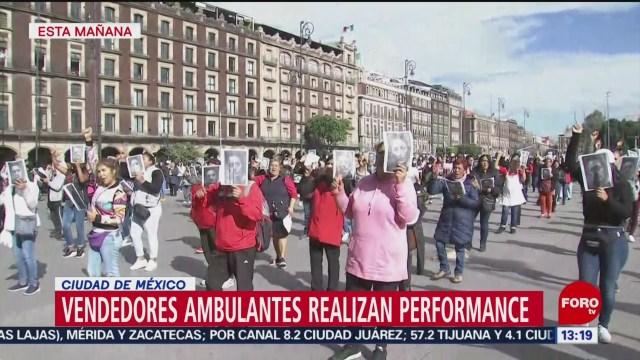 FOTO: vendedoras ambulantes realizan performance en cdmx
