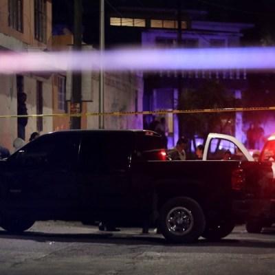 Hallan a un menor muerto al interior de su casa en Puebla