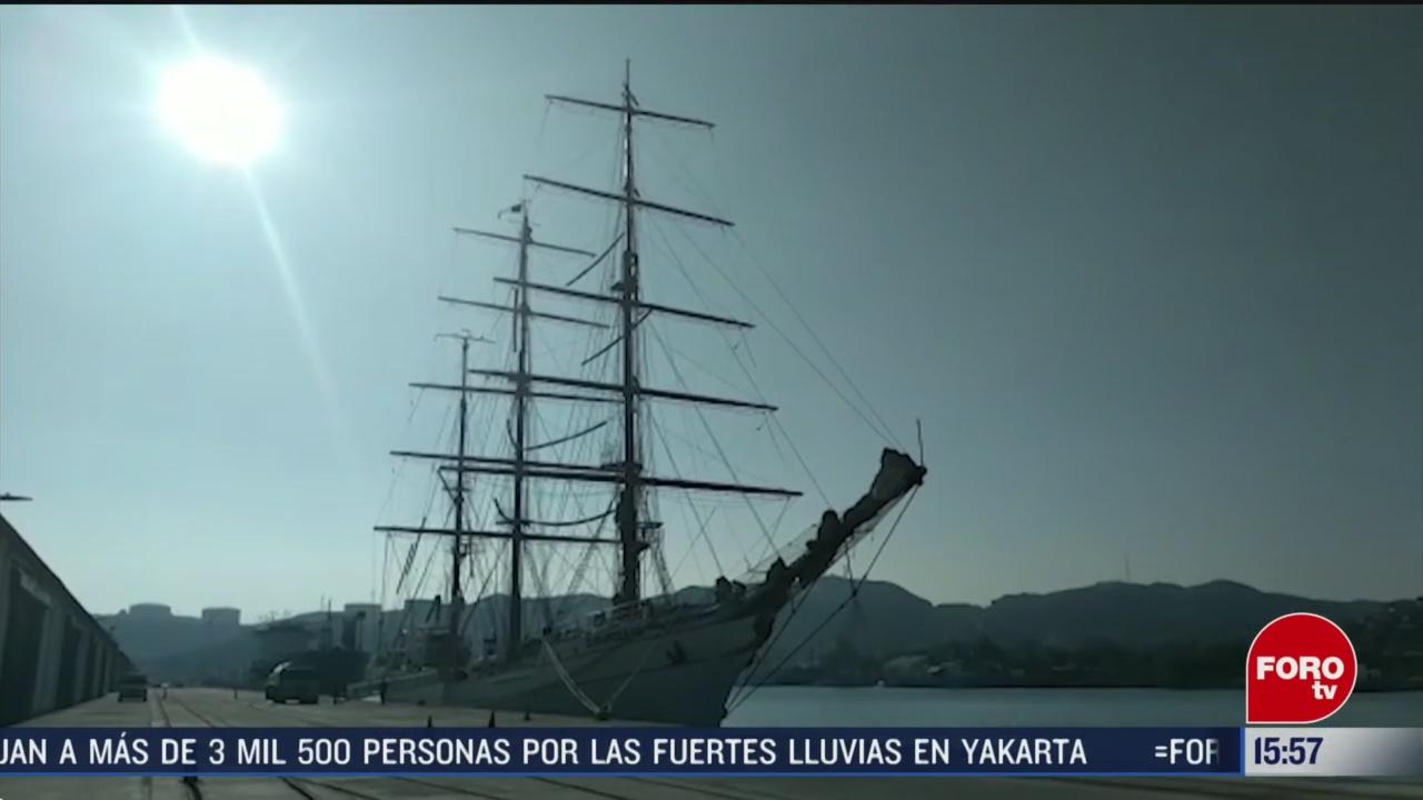 FOTO: buque escuela cuauhtemoc recibe cientos de visitantes en oaxaca