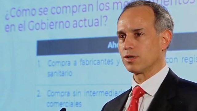 FOTO Contratos con intermediarios afectan abasto de medicamentos, afirma López-Gatell (YouTube AMLO)