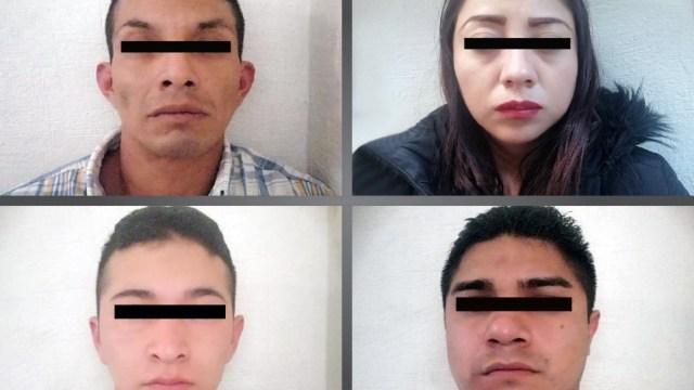 FOTO: Cuatro personas roban auto con violencia en Chalco, el 16 de febrero de 2020