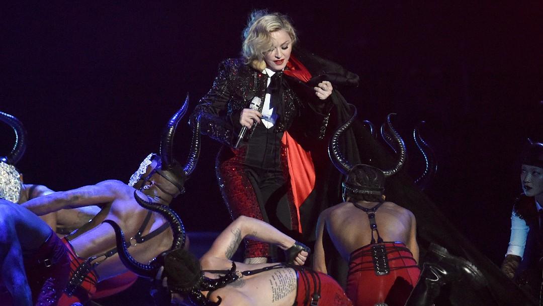 Foto: De Madonna a Lady Gaga: las caídas más sonadas sobre el escenario