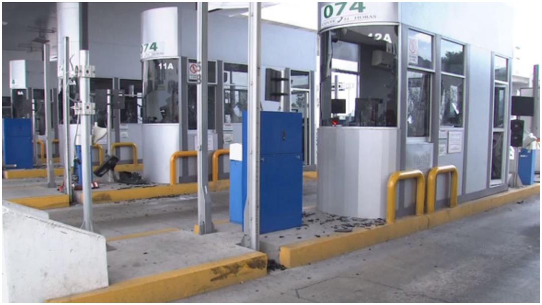 Foto: Encapuchados hicieron destrozos en la México-Cuernavaca, 1 de febrero de 2020 (Foro TV)