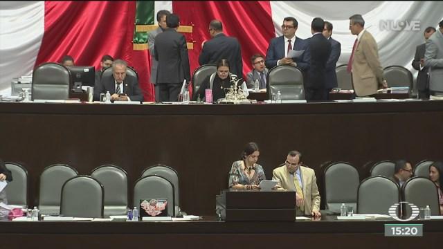 FOTO: diputados presentan controversia contra remuneraciones del ine