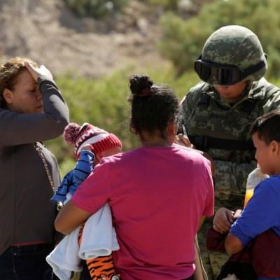 Ebrard: Cruces de migrantes en frontera con EEUU se han reducido 74%