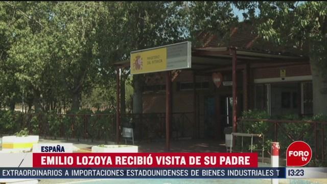 FOTO: emilio lozoya recibe visita de su padre en espana
