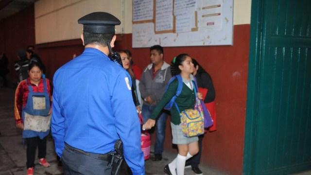 Reforzarán seguridad en escuelas de nivel básico en CDMX