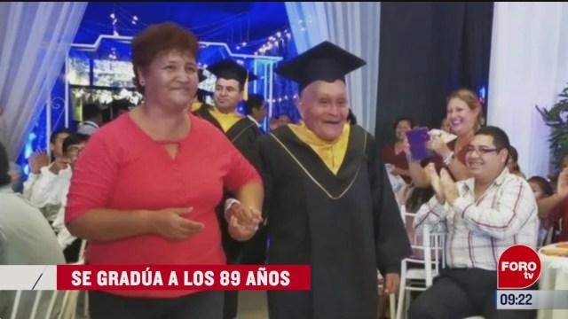 extra extra logra graduarse a los 89 anos
