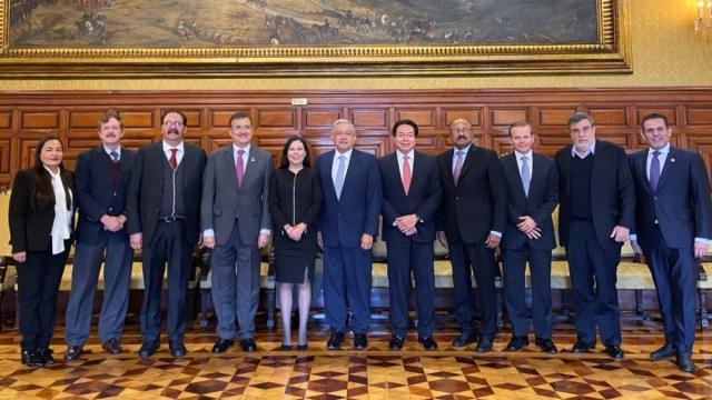 Foto: AMLO se reúne con la presidenta de la Mesa Directiva y los coordinadores de los grupos parlamentarios de la Cámara de Diputados. Twitter/@lopezobrador_