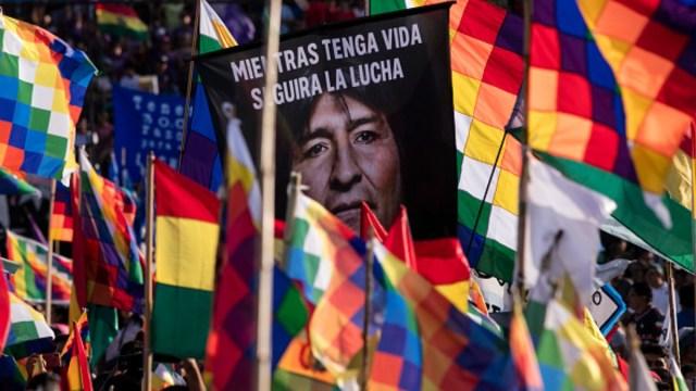 Foto: Seguidores de Evo Morales protestan en calles de Argentina. Getty Images