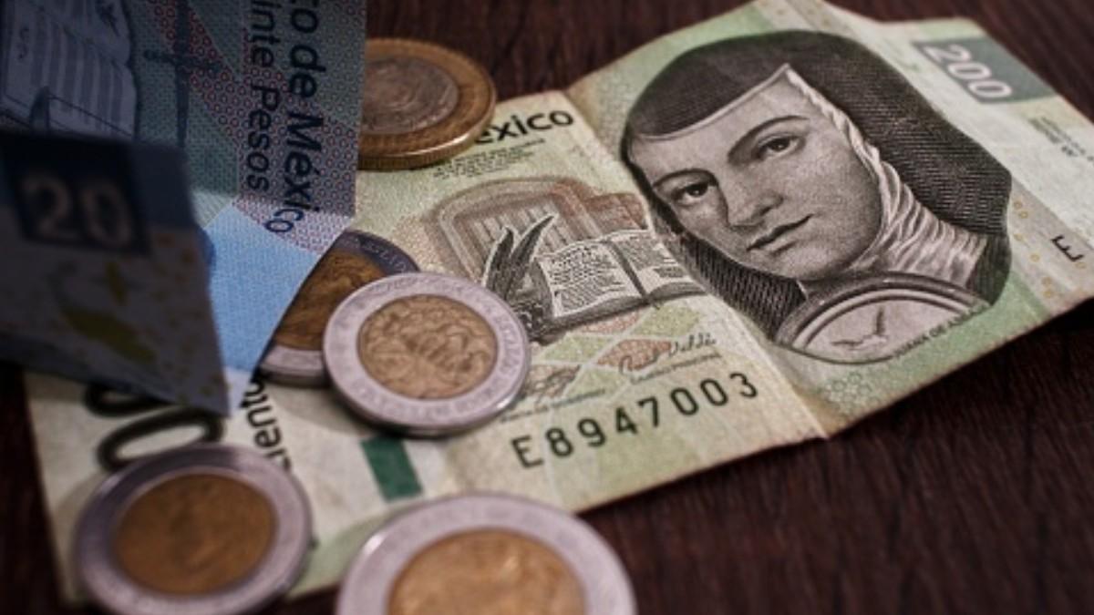 Se levanta el peso Mexicano tras disminuir casos de Coronavirus