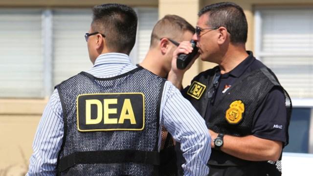 Foto: Agentes de la DEA durante un operativo. Getty Images/Archivo