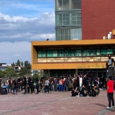 UNAM condena vandalismo en Rectoría