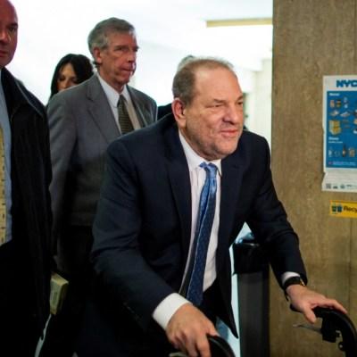 Harvey Weinstein es vigilado para evitar que se autolesione