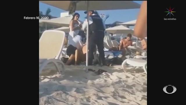 Foto: Abuso Autoridad Policías Turistas Playa Del Carmen 18 febrero 2020