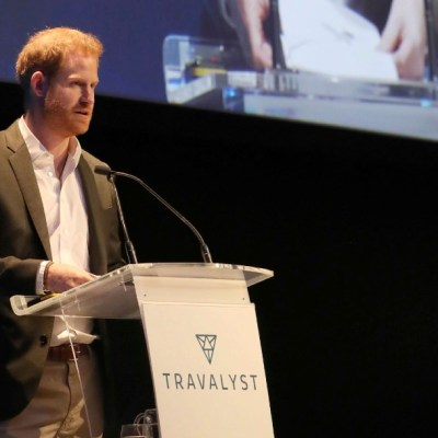Foto: 'Llámenme Harry', dice el príncipe británico al inicio de últimas tareas reales