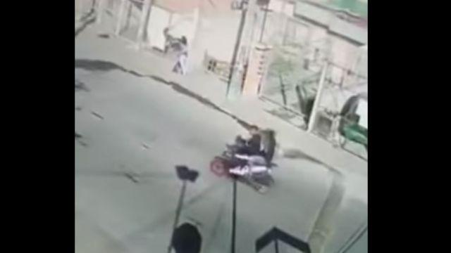 Foto Video: Madre se enfrenta a delincuentes para evitar secuestro de su hijo 21 febrero 2020