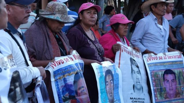 Foto: Padres y madres de los 43 normalistas de Ayotzinapa realizaron una marcha para exigir justicia, 26 febrero 2020