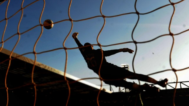FOTO Muere árbitro tras agresión durante riña en campo de futbol (Getty Images/archivo)